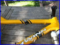 2001 Schwinn Rocket 88 LG (19), Homegrown-era, 26 wheels with 3.5 travel