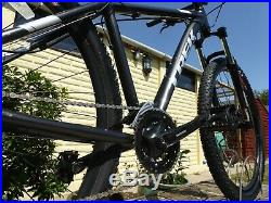2018 Trek Marlin 6 Hardtail Mountain Bike 19 Large Frame 24 Speed Trail 29er