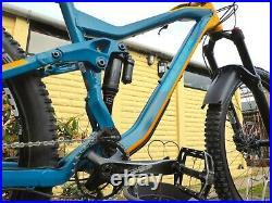 2018 Vitus Sommet Full Suspension Mountain Bike 18 Medium Frame 27.5 Enduro