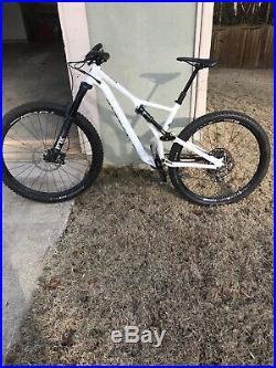 2019 Specialized Stumpjumper. Frame Size Large wheel Size 29 Framealloy