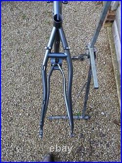 Custom Reynolds 520 Steel 650b Trekking Frame for Rohloff or Derailleurs