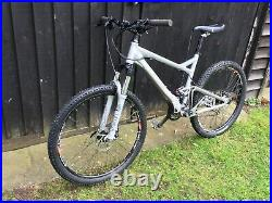 Mountain bike Giant Trance 3 Medium frame 26inch wheels Full Suspension