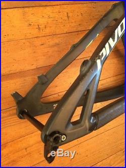Pivot Mach 5.7 Carbon Full Suspension Mountain Bike Frame Large