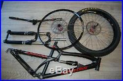 SANTA CRUZ Nomad frame medium plus forks and wheels