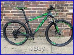 SCOTT SCALE MOUNTAIN BIKE, Medium Carbon Frame RRP £2,400! HARDLY USED