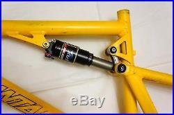 Santa Cruz Blur 4X 26 size M MTB full suspension frame
