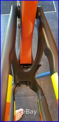 Santa Cruz Nomad C MK3 Carbon Frame (Large) 27.5 inch wheel