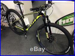 Scott scale 930 carbon framed xc mountain bike 29er fox forks sram groupset med