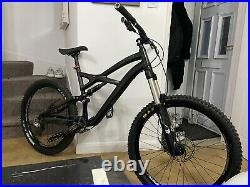 Specialized Enduro 2012 DH Mountain Bike in Large Frame 26inch Wheels