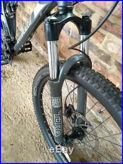 Specialized Stump Jumper FSR XC Large Framed Mountain Bike