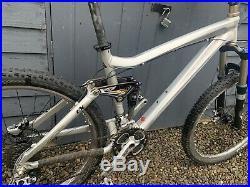Trek Fuel EX9 Medium Full Suspension Mountain Bike (Alloy Frame)