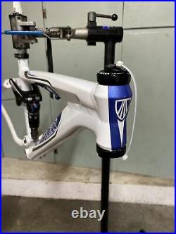 Trek Fuel EX 8 WSD 16 Frame, 26 Wheels, Fox RP2 Shock