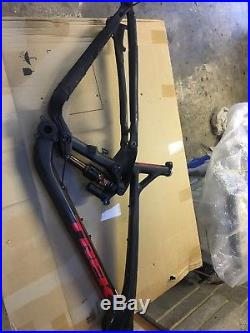Trek Slash 9.9 Full Suspension carbon Frame M/17.5, Fox Factory shock