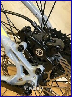 Voodoo Aizan 29er Mens Mountain Bike Mtb Shimano 18 Frame