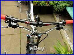 Yeti 575 Full Suspension Mountain Bike 18.5 Frame Hydraulic Disc Brakes