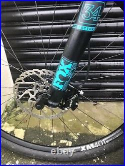 Yeti Mountain Bike SB4.5 Carbon 29er Large Frame